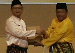 Wabup Rohil Serahkan Laporan Keuangan Pemerintah ke BPK Riau